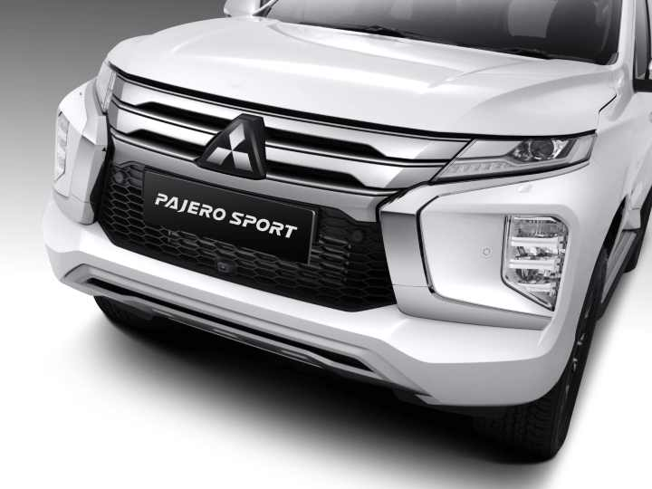 exterior-new-pajero-sport01.jpg